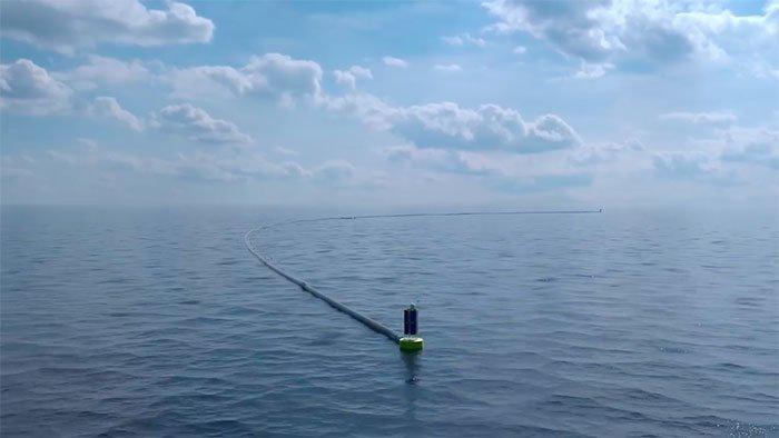 Юный гений из Нидерландов, уверявший, что сможет очистить мировой океан, оказался прав
