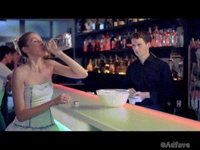 Гифки про алкоголь прикольные